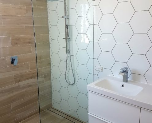 Frameless shower screen Perth - Exclusive Wall Design